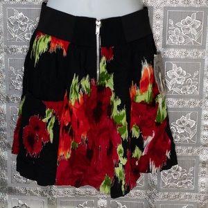 NWT Lily White Floral Pull-On Skater Skirt